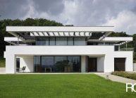"""Architekt Liberec – Radomír Grafek – projekt minimalistické rodinné vily """"pod Hrádkem"""""""
