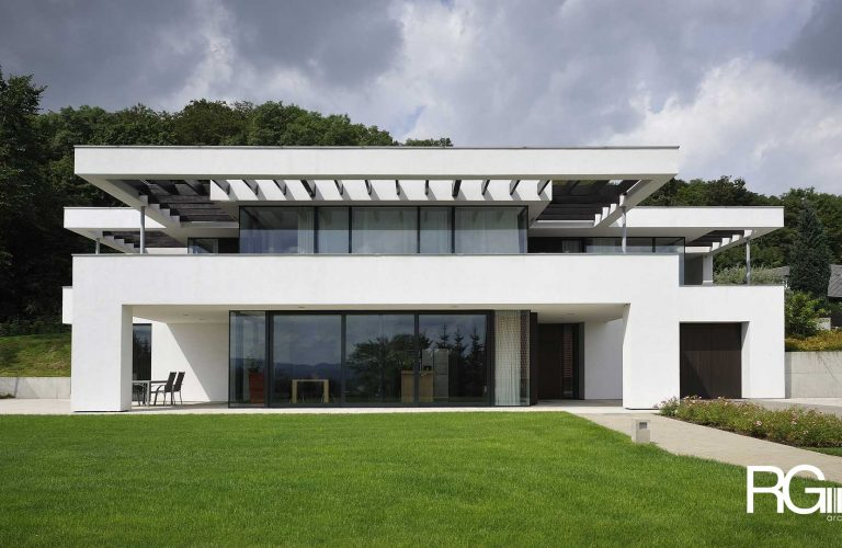 "Architekt Praha – Radomír Grafek – projekt minimalistické rodinné vily ""pod Hrádkem"""