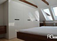interier-loznice-v-podkrovi-8