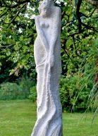 Socha od akademického sochaře Ivana Záleského – Ty a Já (pískovec)