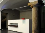 recepce-z-corianu-od-rg-architects